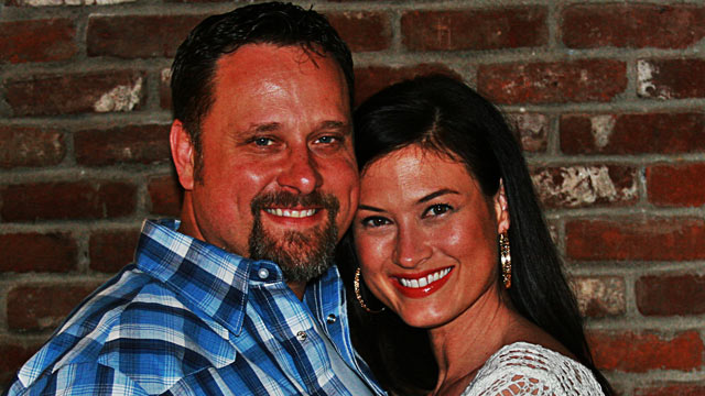 """PHOTO: Meredith Phillips, pictured here with her husband, Michael Broady, opened up to """"Good Morning America"""" about her battle with alcoholism."""