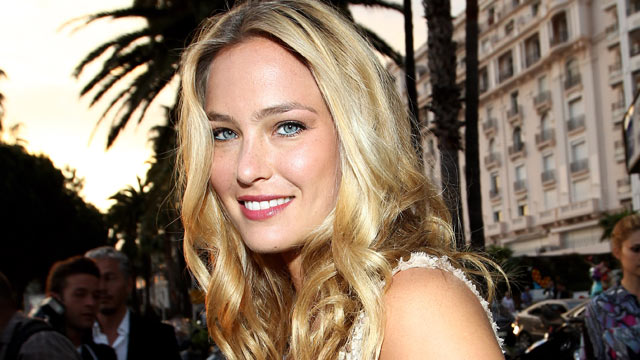 PHOTO: Bar Refaeli attends the Cavalli Boutique Opening during the 64th Annual Cannes Film Festival, May 18, 2011 in Cannes, France.