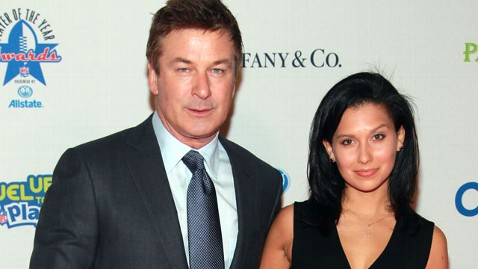 gty alec baldwin jef 120402 wblog Alec Baldwin Engaged to 28 Year Old Yoga Instructor