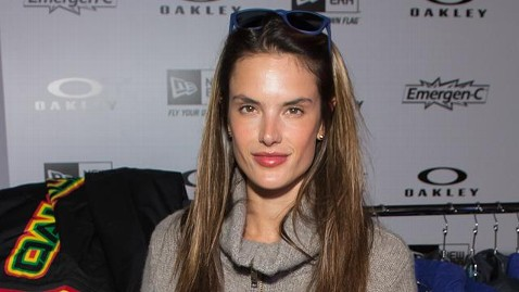 gty alessandra ambrosio sundance sswm jt 130120 wblog Sundance Celebrity Sightings: Alessandra Ambrosio Hits the Slopes