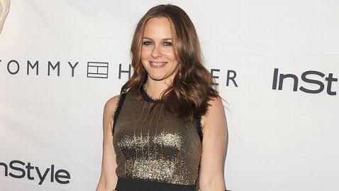 gty alicia silverstone thg 111228 wblog Alicia Silverstones Son Lands on Worst Celebrity Child Names List