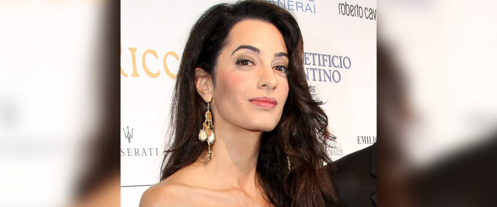 PHOTO: Amal Alamuddin attends a benefit on Sept. 7, 2014 in Florence, Italy.