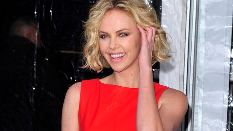 gty charlize theron nt 111209 wblog Charlize Theron Wants People to Watch Reality TV As Birth Control