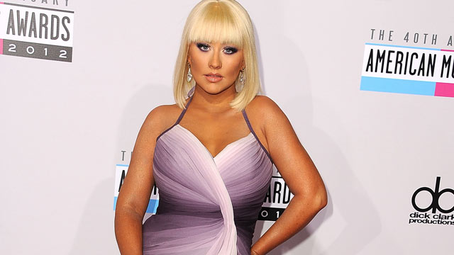 PHOTO: Christina Aguilera arrives at the 40th Anniversary American Music Awards at Nokia Theatre L.A. Live on Nov. 18, 2012, in Los Angeles.