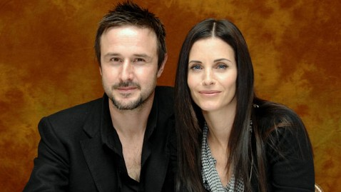 gty david arquette courtney cox thg 120612 wblog David Arquette Finally Files for Divorce from Courtney Cox