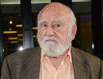 """PHOTO: Ed Asner leaves the """"Good Day New York"""" taping at the Fox 5 Studios on Nov. 20, 2012 in New York City."""