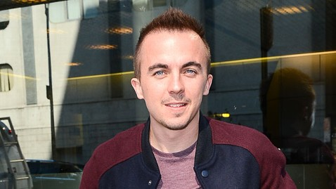 gty frankie muniz nt 121204 wblog Frankie Muniz Recovering After Mini Stroke