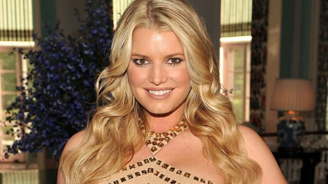 gty jessica simpson ll 130115 wblog Jessica Simpson to Star in Sitcom Based on Her Life