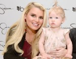 PHOTO: Jessica Simpson with her daughter Maxwell Johnson and Ashlee Simpson visit Belk Southpark, March 23, 2013, in Charlotte, North Carolina.