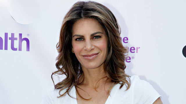PHOTO: Jillian Michaels attends The Power Walk for Dress For Success on May 12, 2012 in New York City.