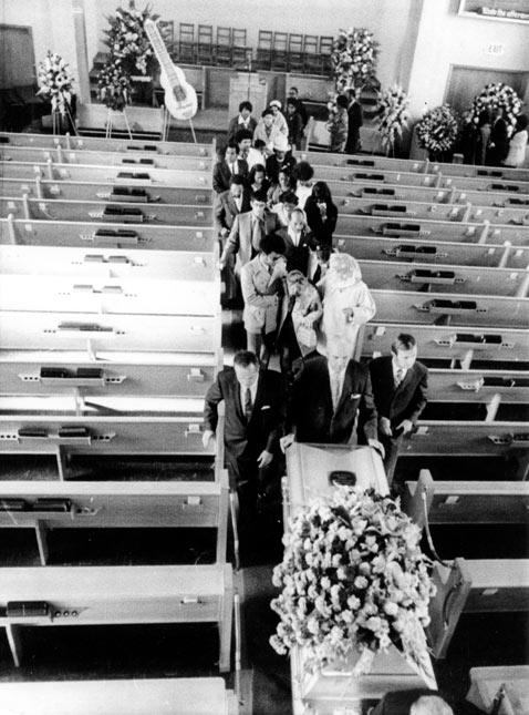 gty jimi hendrix 1970 funeral thg 121120 wblog Jimi Hendrixs 70th Birthday Experience