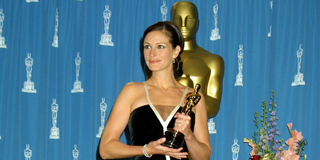 PHOTO: Julia Roberts wins Best Actress for her role Erin Brockovich at the 2001 Academy Awards in Los Angeles, Cali.