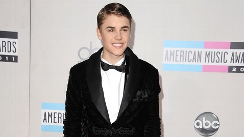 gty justin bieber thg 111121 wblog Justin Bieber on DNA Test: I Did It Because I Wanted To