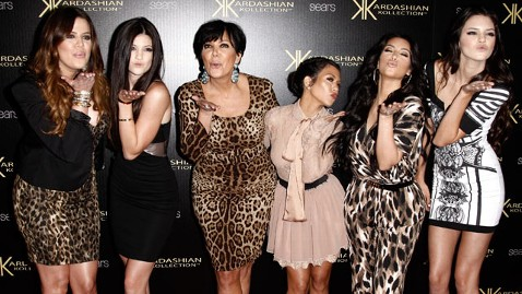 gty kardashians dm 120615 wblog Oprah Winfrey Grills Kardashian Family in New Interview