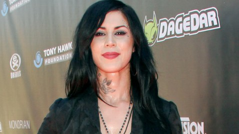 gty kat von d jef 111114 wblog Kat Von D Says Jesse James Cheated on Her with 19 Women