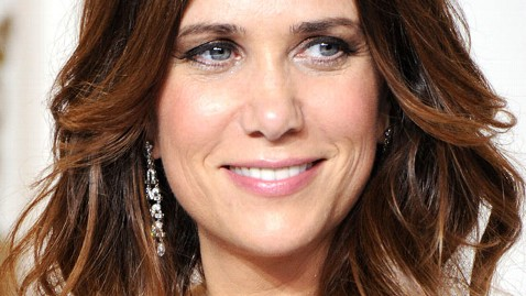 gty kristen wiig dm 120405 wblog Kristen Wiig on Saturday Night Live: Everyone Has to Leave