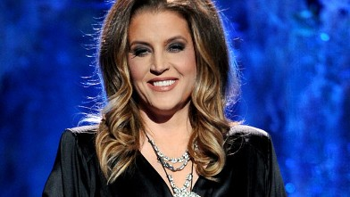 PHOTO: Singer Lisa Marie Presley performs during a pre-tape onstage at FOX's American Idol Season 11 Top 3 To 2 Live Elimination Show on May 17, 2012 in Hollywood, California.