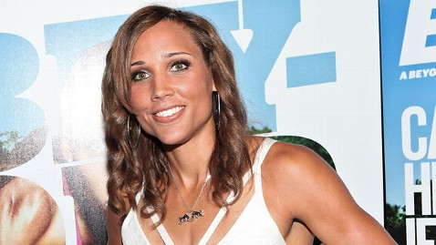 gty lolo jones virgin wy 120522 wblog Olympic Athlete Lori Lolo Jones Says Shes a Virgin 