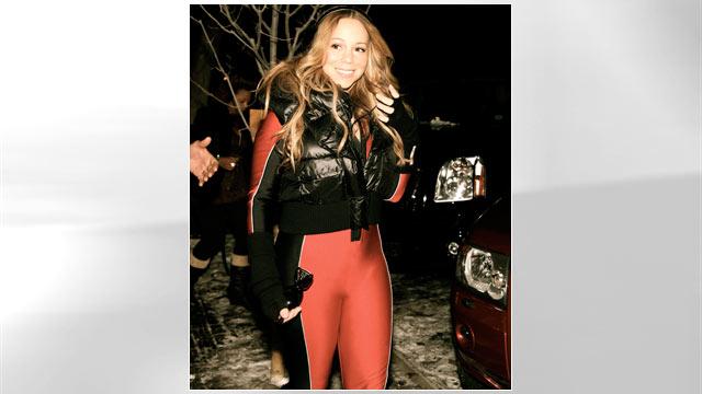 PHOTO: Mariah Carey walks around town, Dec. 23, 2011 in Aspen, Colorado.