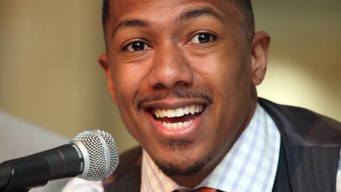 gty nick cannon dm 120117 wblog Nick Cannon Comes Clean on Kidney Disease
