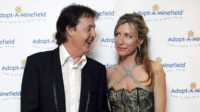 PHOTO: Sir Paul McCartney and Lady Heather Mills McCartney arrive at the 'Adopt-A-Minefield' Benefit Gala in support of landmines victims, May 28, 2005 in Neuss, Germany.