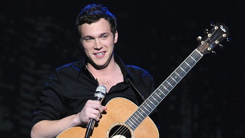 gty phillip phillips ll 120308 wblog American Idol Contestant Phil Phillips Says Hes Fine After Seeing Doctor