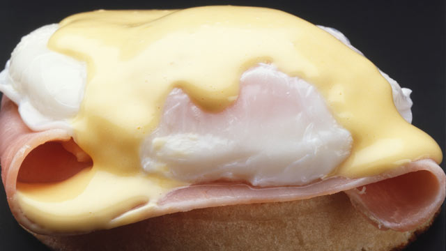 PHOTO: Anne Burrell's poached eggs with hollandaise recipe is shown here.