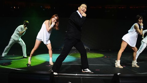 gty psy jef 121206 wblog Psy Snubbed by Grammy Awards