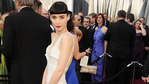 gty rooney mara 120226 wblog The Oscars: 2012 Live Blog