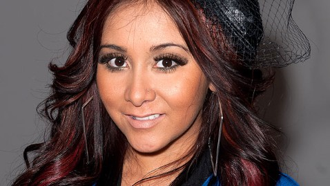 gty snooki dm 120229 wblog Report: Snooki Is Pregnant