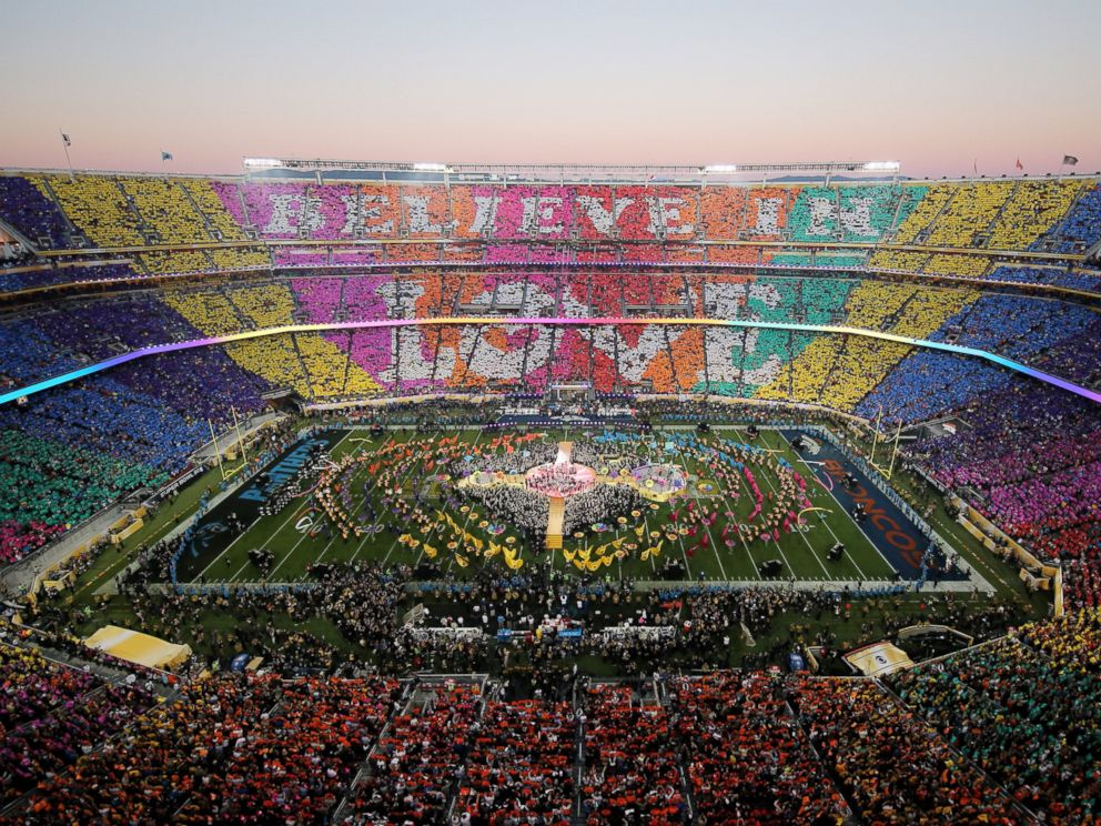 PHOTO: Coldplay, Beyoncé and Bruno Mars performs during the Pepsi Super Bowl 50 Halftime Show at Levis Stadium on Feb. 7, 2016 in Santa Clara, Calif.