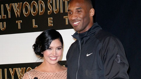 gty vanessa kobe bryant jef 120612 wblog Report: Kobe and Vanessa Bryant Will Not Divorce