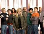 "PHOTO: (Foreground) Kristen Bell, (background, l-r) Ryan Hansen, Kyle Gallner, Tessa Thompson, Enrico Colantoni, Percy Daggs III, Joason Dohring and Francis Capra star in ""Veronica Mars."""