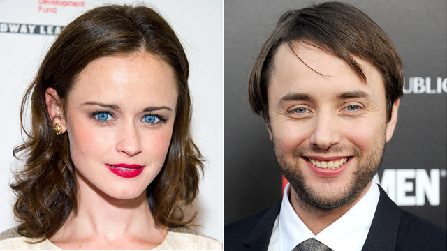 PHOTO: Alexis Bledel, left, and Vincent Kartheiser are rumored to be dating.