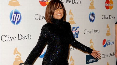 gty whitney houston thg 120211 wblog Whitney Houstons Death: Celebrities React