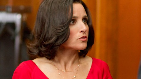 hbo veep julia louis Dreyfus thg 120430 wblog HBOs Veep Looked to White House for Style Inspiration