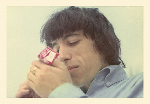 ht Bill Wyman Lighting Cigarette 65 3 ll 120927 wblog Found: Unseen Photos of the 1965 Rolling Stones