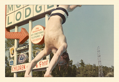 ht Brian Jones Diving Manger Motor Lodge Savannah Georgia 1965 ll 120927 wblog Found: Unseen Photos of the 1965 Rolling Stones