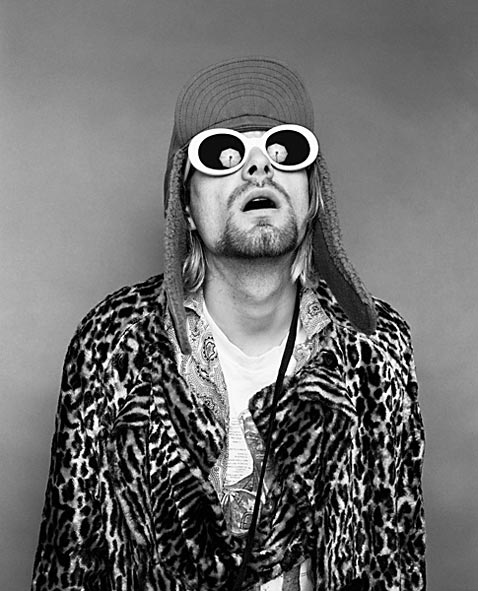 ht Kurt Cobain Looking Up ll 120323 vblog The End of the Life of a Rock Star: Kurt Cobain