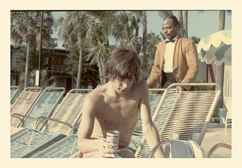 ht Mick Jagger Drinking Pooside Clearwater Fl ll 120927 wblog Found: Unseen Photos of the 1965 Rolling Stones