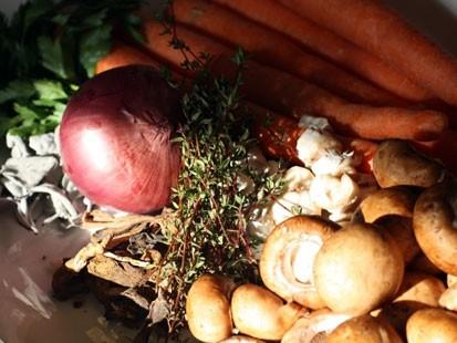 PHOTO: Rachel Willens turkey stock recipe is shown here.