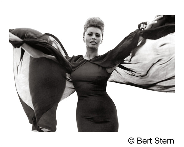ht bert stern sophia loren 130503 wblog The Original Mad Man