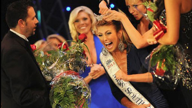"""PHOTO:Bree Boyce is pictured winning the 2011 """"Miss South Carolina"""" pageant, July 2, 2011."""