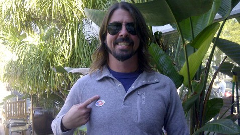 ht dave grohl jef 121106 wblog Mariah, Beyonce, and More Stars Urge Fans to Vote