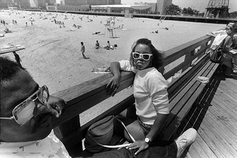 ht harvey stein couple on 2 nt 120118 Coney Island 40 Years