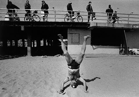 ht harvey stein handstand 2 nt 120118 Coney Island 40 Years