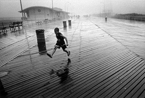 ht harvey stein running boy 2 nt 120118 Coney Island 40 Years