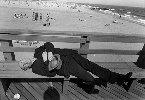 ht harvey stein sleeping man 2 nt 120118 Coney Island 40 Years