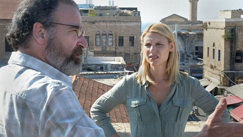 ht homeland claire danes mandy patinkin ll 121019 wblog Homeland May Be Lebanons Target for Lawsuit