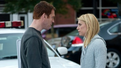 "PHOTO: Damien Lewis as Nicholas ""Nick"" Brody and Claire Danes as Carrie Mathison in the season finale of ""Homeland."""